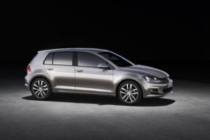 volkswagen-golf-vii-official-specs-and-images-released-photo-gallery-49074_1